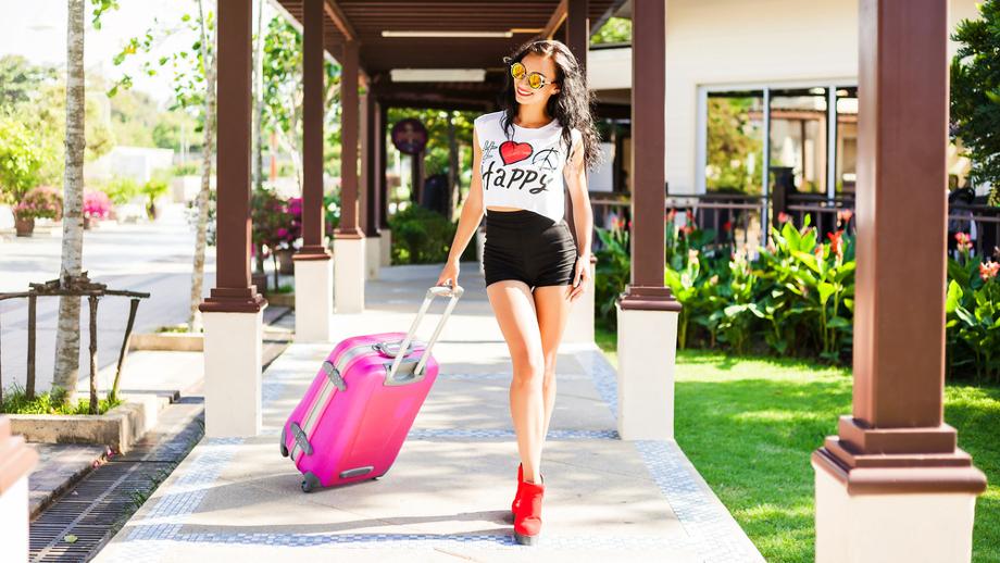 Jak wybrać idealną walizkę na weekendowy wyjazd?