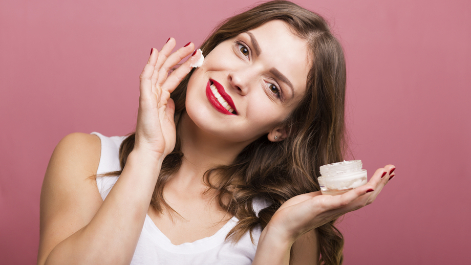 Kosmetyki na pierwsze zmarszczki mimiczne