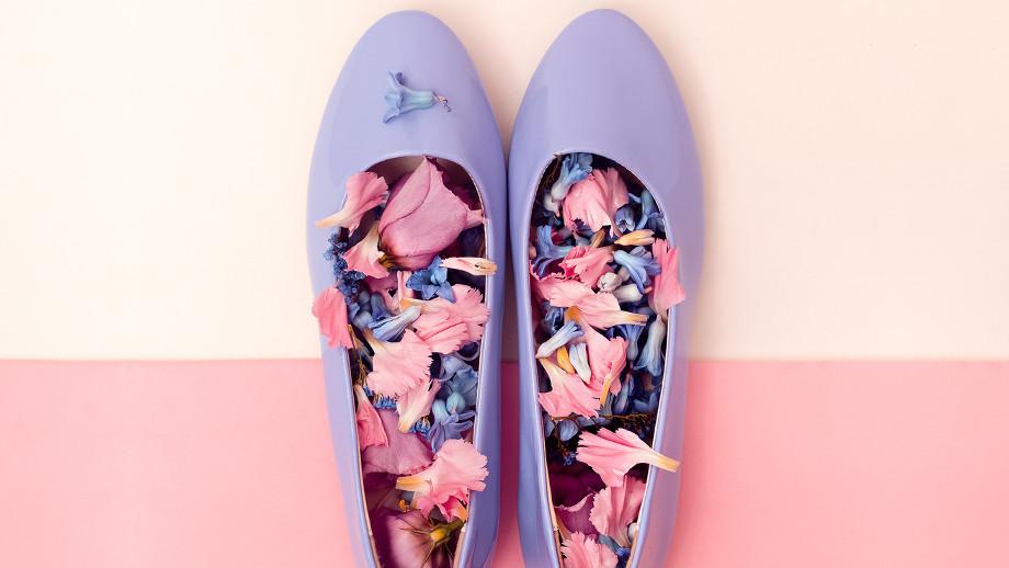 Pastelowe buty na wiosnę 2017 – jak je nosić?