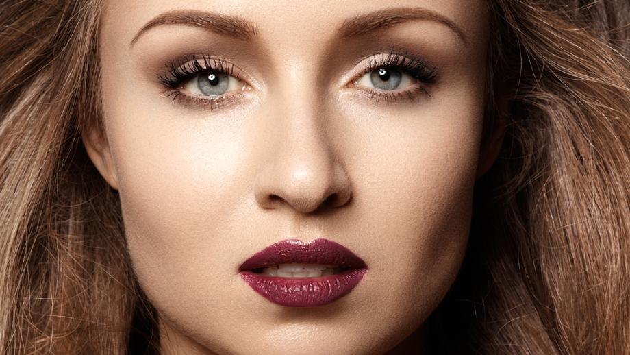 Wiosna w makijażu – odważne kolory na ustach