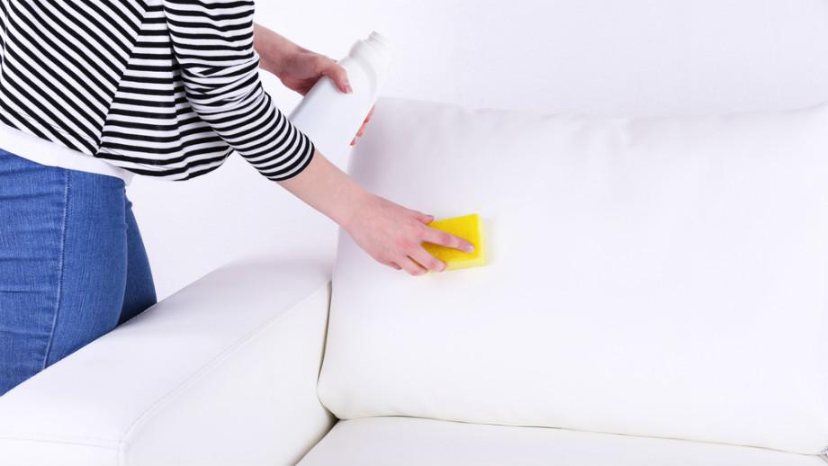 10 najlepszych preparatów do czyszczenia skórzanych mebli