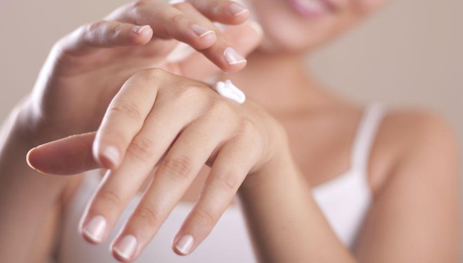 Jak zadbać o dłonie w zimie?