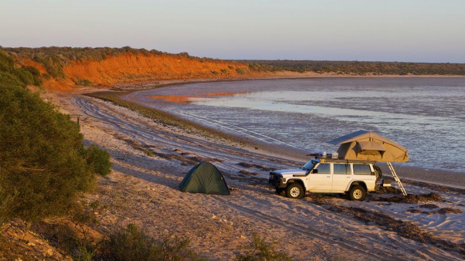 Off-road'owa wyprawa – namioty dachowe