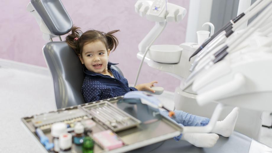 Jak przygotować malucha do wizyty u dentysty?
