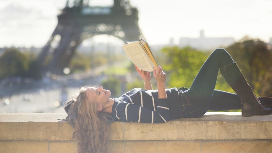 Paryż w literaturze, czyli co warto przeczytać przed wyjazdem