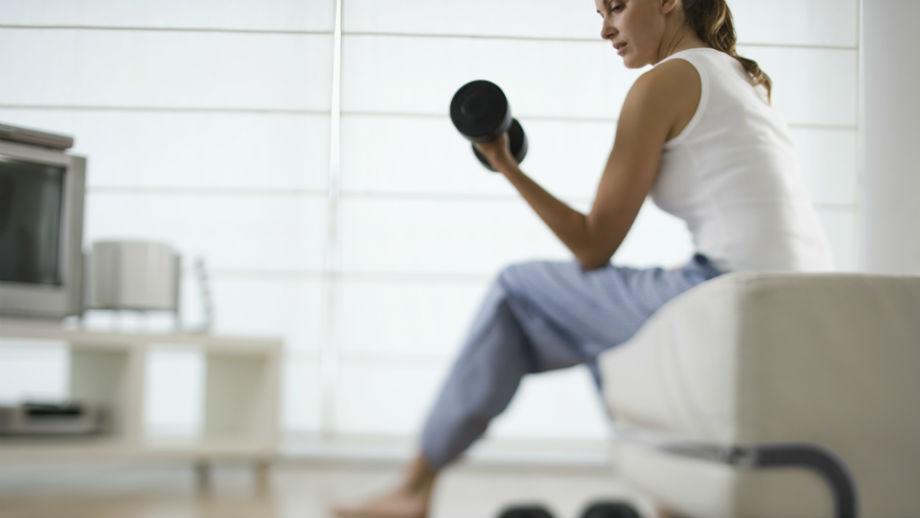 5 sprzętów, które przydadzą ci się do ćwiczeń w domu