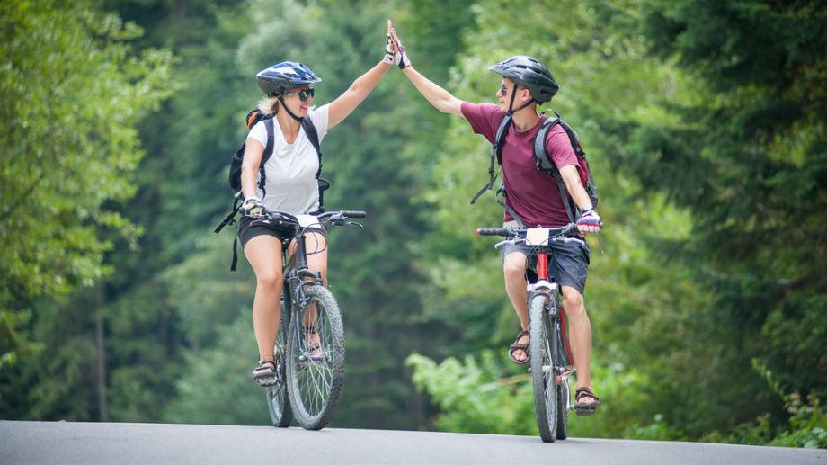 Kask rowerowy – niedrogi i bezpieczny