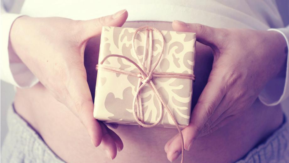 Необычные подарки для беременных 732